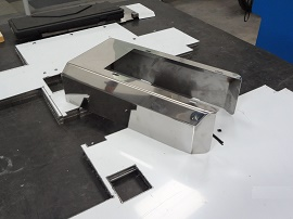 Corte e Dobra em Aço Inox - Cal Metal